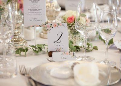 Dekoration_Tischdeko_Bumen_Blumendeko_Hochzeit_Wedding_Weddingplanner_Hochzeitsplaner